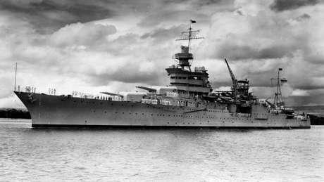 Imagem do USS Indianapolis em Pearl Harbor, em 1937