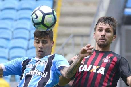 Grêmio empata com Atlético-PR