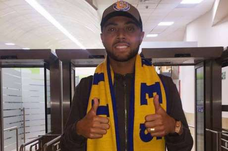 Rafael Carioca já está no México para realizar exames e assinar com o Tigres (Foto: Reprodução Instagram)
