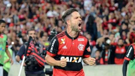 Diego marcou o gol da vitória (DELMIRO JUNIOR/RAW IMAGE)