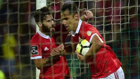 Benfica: Krovinovic estreia-se nos convocados para jogo com Rio Ave