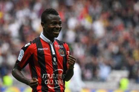 Barcelona negocia empréstimo de brasileiro Marlon ao Nice, diz jornal