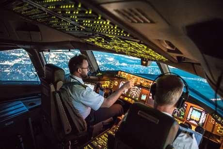 Pilotos durante voo
