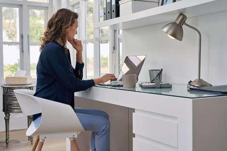 Deixar o local de trabalho sempre limpo pode ajudar até a manter a concentração