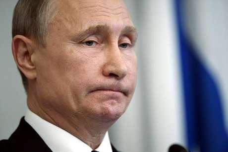 Presidente da Rússia, Vladimir Putin, durante coletiva de imprensa em Savonlinna, na Finlândia 27/07/2017 Lehtikuva/Martti Kainulainen/via REUTERS