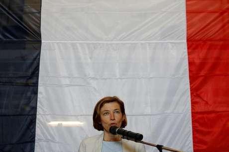 Ministra de Defesa da França, Florence Parly, durante pronunciamento no Chipre 17/07/2017 REUTERS/Philippe Wojazer