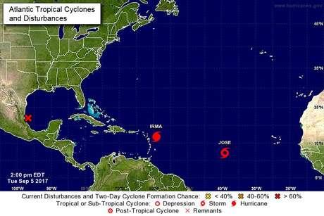 Furacão Irma avança sobre o Caribe e atinge categoria 5