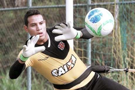 Gabriel Félix é goleiro reserva do Vasco