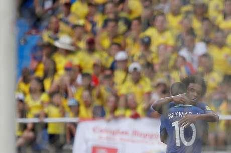 Dupla Neymar e Willian funcionou bem nos contra-ataques