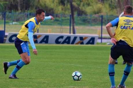 Gustavo acredita que o duelo entre Avaí e Sport será equilibrado (Foto: André Palma Ribeiro / Divulgação / Avaí)