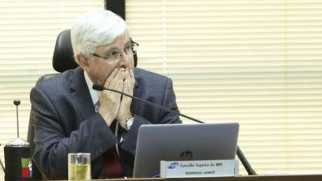 O PGR Rodrigo Janot deixa o cargo no dia 17 de setembro e deve decidir sobre o acordo de Joesley antes disso