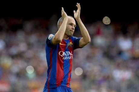Presidente diz que Iniesta renovou com o Barcelona; meia nega — Faltou combinar