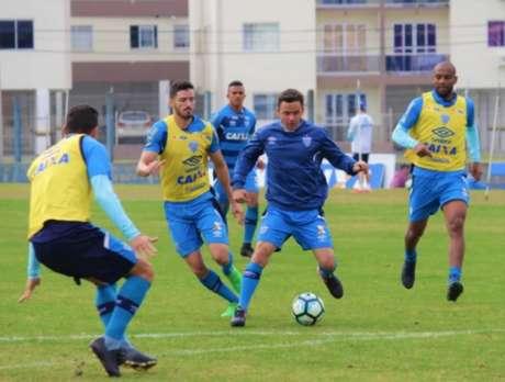 Somente Maicon não começará a partida contra o Sport entre os titulares (Foto: André Palma Ribeiro/Avaí FC)