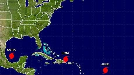 Ilustração mostrando a localização das três tempestades