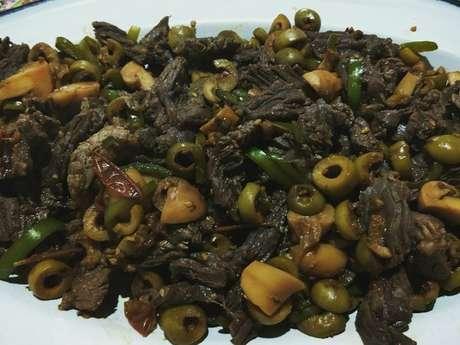 Tiras de fraldinha com legumes ao shoyu