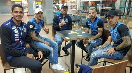 Viagem da equipe do Santos para o Equador demorou 17 horas