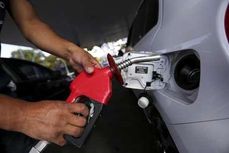 O preço médio do etanol chegou a R$ 2,612 e o do diesel, a R$ 3,15