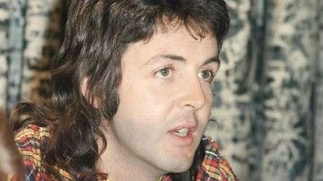 Retrato de Paul McCartney quando jovem