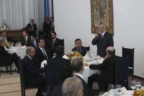Brasília - O presidente Michel Temer toma café da manhã com a base aliada da Câmara dos Deputados e ministros (Antonio Cruz/Agência Brasil)