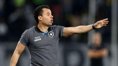Jair Ventura quer que o Botafogo também demonstre força na criação de jogadas (Vitor Silva/SSPress/Botafogo)