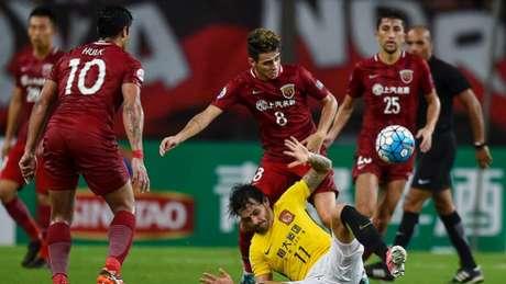 Villas-Boas goleado por Scolari, mas nas