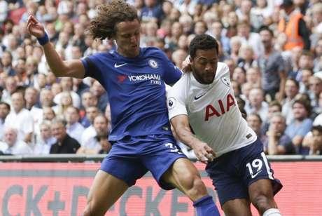 David Luiz estreou pelo Chelsea em setembro de 2012, contra o Arsenal (Foto: DANIEL LEAL-OLIVAS / AFP)