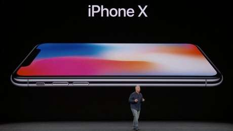 Laçamento do iPhone X na Califórnia