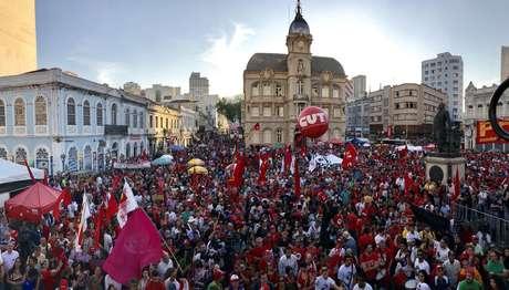 Ato na Praça Generoso Marques após depoimento do ex-presidente Lula a Sérgio Moro