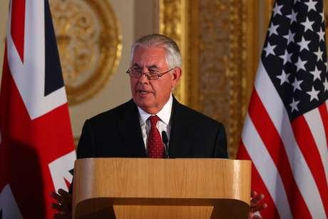 Tillerson concede entrevista em Londres   14/9/2017  REUTERS/Hannah McKay