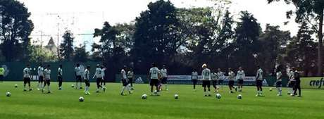 Palmeiras trabalhou nesta quinta-feira na Academia de Futebol (Foto:  Thiago Ferri)