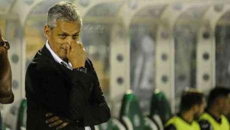 """Rueda avaliou como """"bom"""" o empate fora de casa (Eduardo Valente)"""