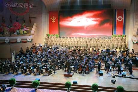 Celebração na Coreia do Norte homenageia cientistas e engenheiros responsáveis pelos testes nucleares