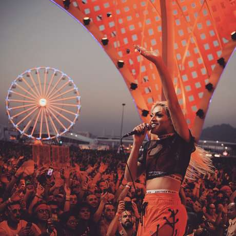 Pabllo Vittar levanta público em show no Rock in Rio