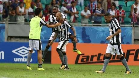 Bruno Silva deve ser um dos poucos titulares no Nilton Santos, na partida deste sábado (Will Vieira/Raw Image)
