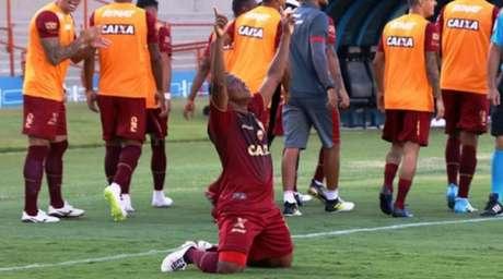 No Serra Dourada, Vila Nova vence o Luverdense por 2 a 1 (Foto: Douglas Monteiro / Vila Nova)