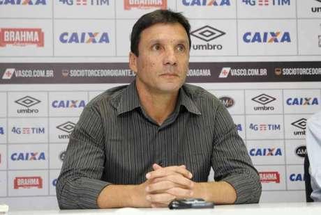 Corinthians chega à Argentina para duelo com Racing