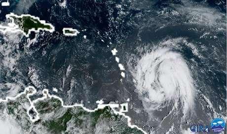 EUA e Caribe podem sofrer com dois novos furacões