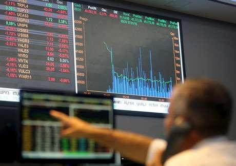 Tela mostra índices de mercado na Bolsa de Valores de São Paulo