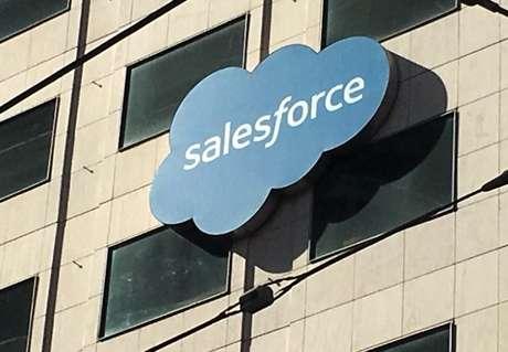 Prédio da Salesforce em San Francisco, Estados Unidos 12/10/2016 REUTERS/Lily Jamali
