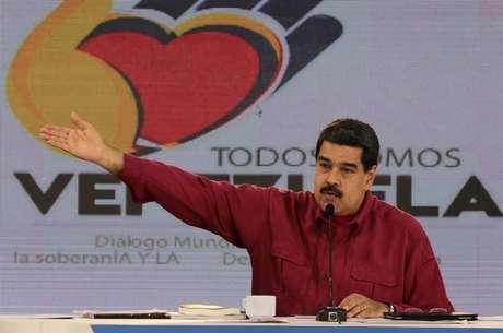 População não quer 'intervenção externa' na Venezuela, diz Temer