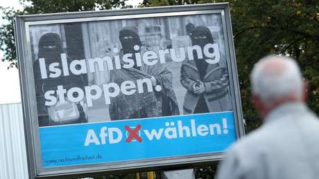 Merkel: extrema-direita não influenciará política externa alemã