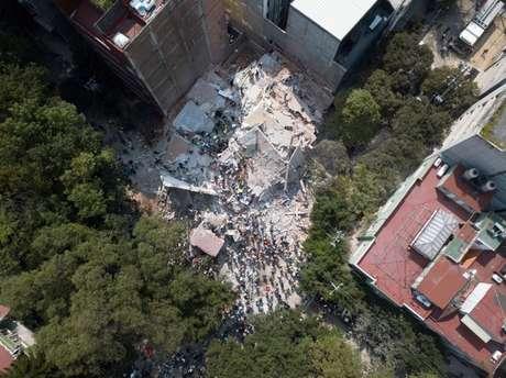 Pelo menos 44 prédios sofreram grandes danos com o temor de terça
