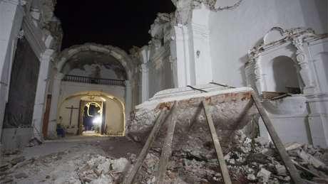 Ao menos 163 igrejas foram afetadas em Puebla pelo terremoto/Crédito: EPA