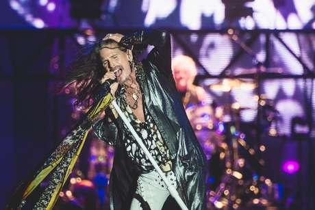 Steven Tyler comandou o Aerosmith no principal show do Rock in Rio na noite dessa quinta-feira, embalando os vários hits da banda como 'Dream On', 'Cryin' e 'Crazy'.