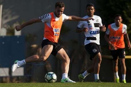 Santos bate Palmeiras no Allianz e se aproxima do líder Corinthians
