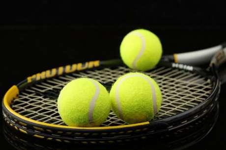 Aplicativo promete agilizar a busca de quadras por praticantes de tênis StockPhoto