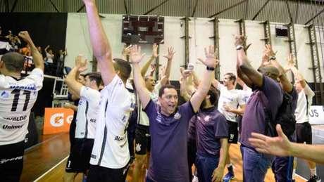 Corinthians Guarulhos inicia luta por vaga na final em casa Divulgação