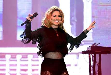 Shania Twain ganhou fama no Brasil na década de 90 com seus hits country que eram tocados em novelas, nas rádios e na MTV.