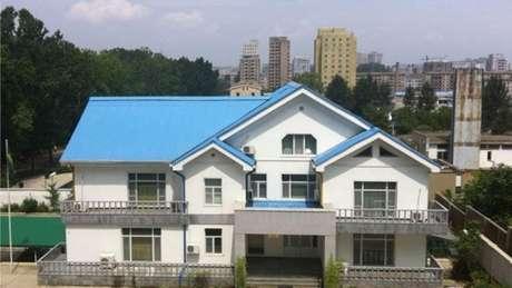 Brasil mantém embaixada na capital norte-coreana, Pyongyang, desde 2009; família de Schenkel mora nos andares de cima