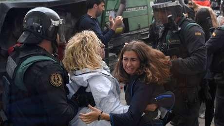 Confronto entre Guarda Civil e eleitores
